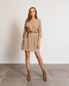 CLASSICAL BEIGE AUDREY DRESS WITH A CLEAVAGE ON THE BACK