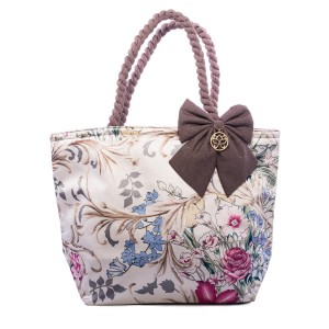 FLOWERS ON A LIGHT BACKGROUND DOLORES SHOPPER BAG
