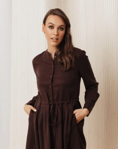 Flared FLORENCE dress with long sleeves in brown