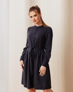 Flared Florence dress with long sleeves in navy blue