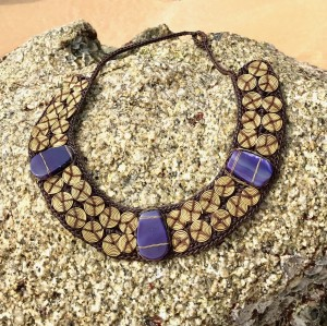 MACRAME WARIS NECKLACE WITH NAVY STONES