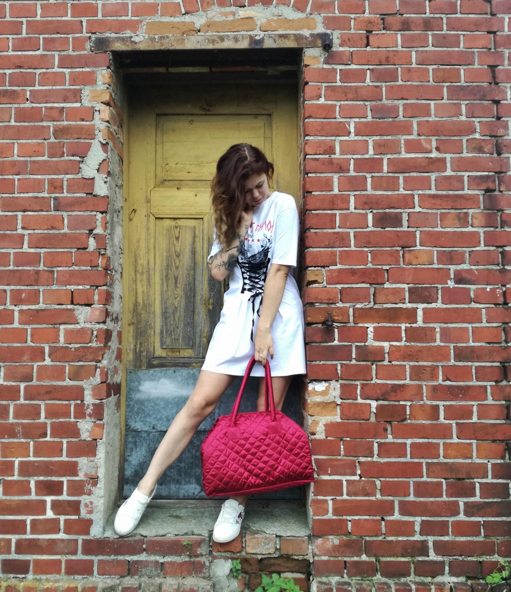 f0865d7829de8 Torba weekendowa LUNA w kolorze czerwonym⋆Oriente Glamour